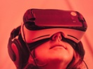 Report: Few broadband homes own VR gear