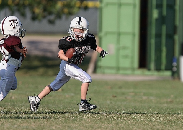 Nonprofit campaign compares tackle football to letting kids smoke