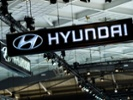 Hyundai unveils multicollision airbags