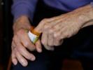 Many seniors receive opioid prescriptions after hospitalization.