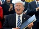 Trump orders widespread overhaul of federal agencies