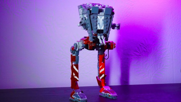 Lego Star Wars AT-ST Raider review