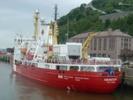 Nothing stops Canadian icebreaker on Northwest Passage mission