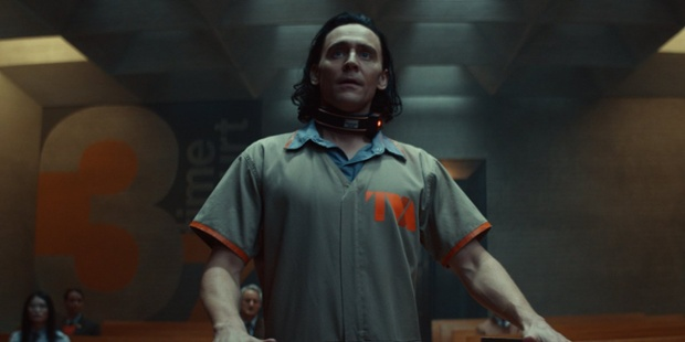 How Loki's Tom Hiddleston And The Filmmakers Approached That Big [SPOILER] Scene In The Premiere