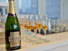 Champagne flows into Russia as label dispute continues