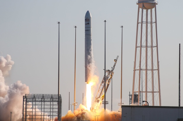 Antares rocket launches heaviest Cygnus cargo ship ever to space station for NASA