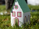 Students develop STEM skills with tiny home models