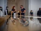 Apple stores bring back masks on CDC recommendation