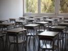 Teachers union backs revised CDC distancing guidance