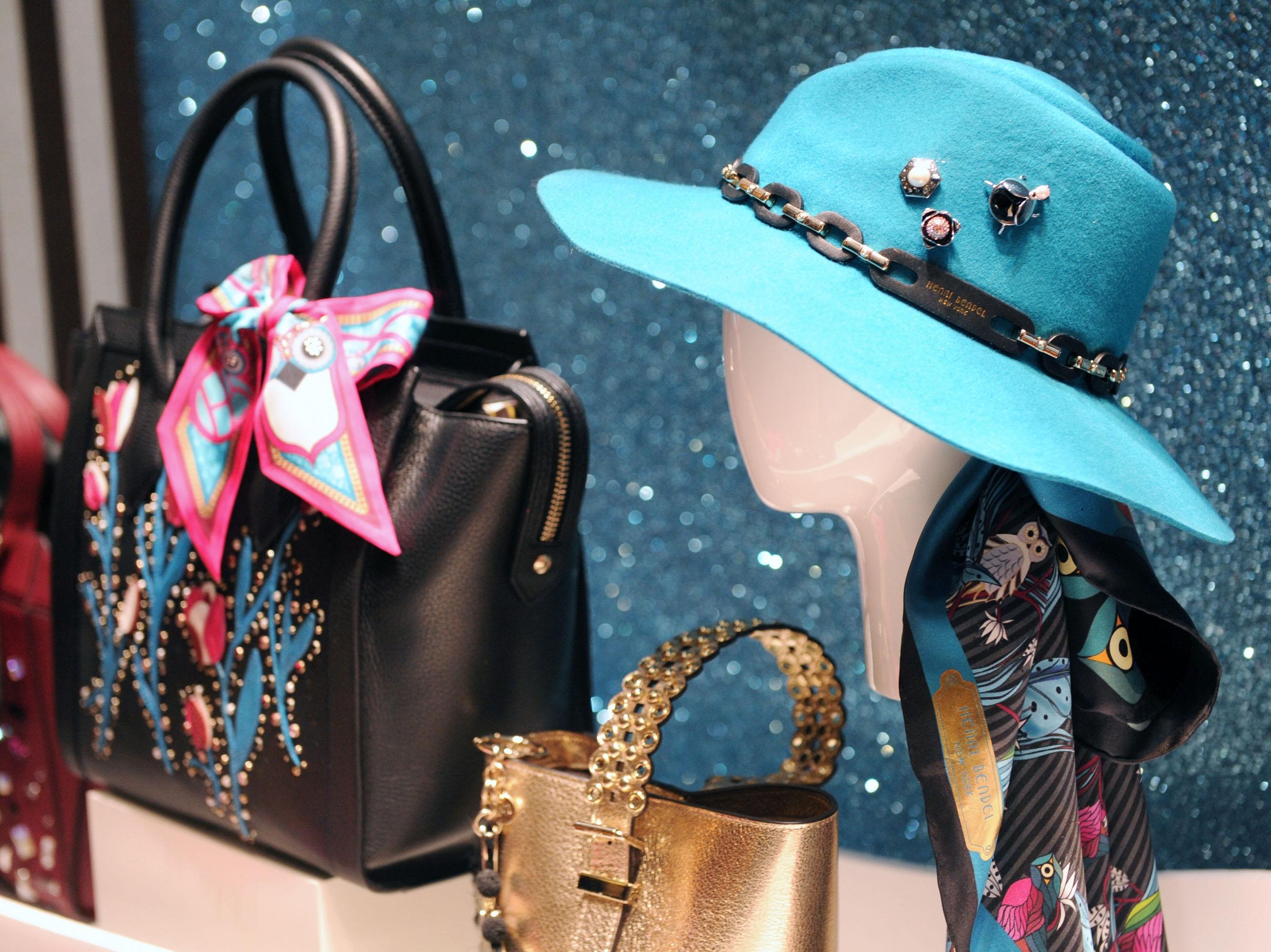 L Brands to close iconic luxury retailer Henri Bendel  d969851e981