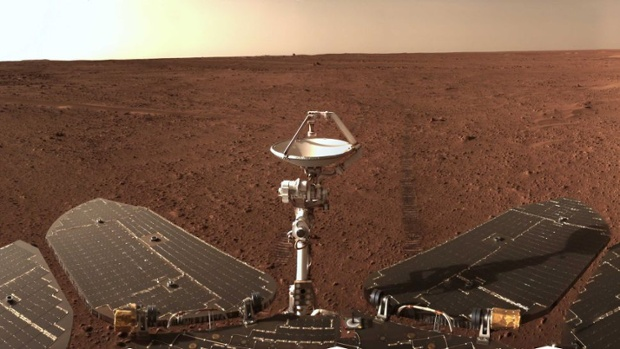 Zhurong Mars rover returns panorama ahead of planetary blackout