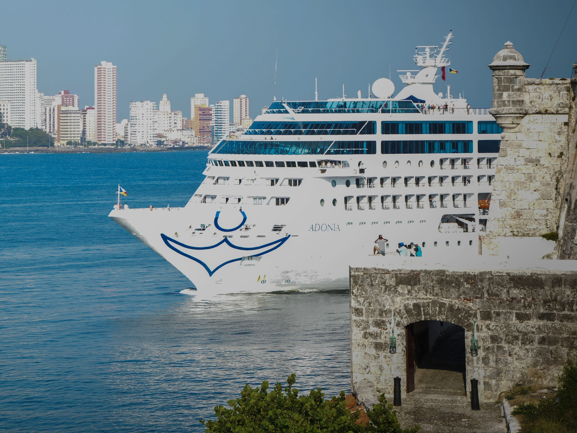 Cruise Lines Continue Cuba Visits Despite Travel Warning SmartBrief - Cruise ships to cuba