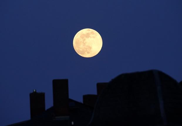 August full moon 2021: The 'Sturgeon Moon' swings by Jupiter this weekend