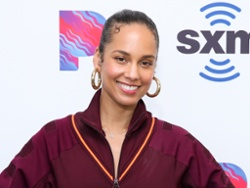 How Alicia Keys' makeup artist helps her shine