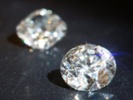 Diamond giant De Beers makes changes to maintain its sparkle