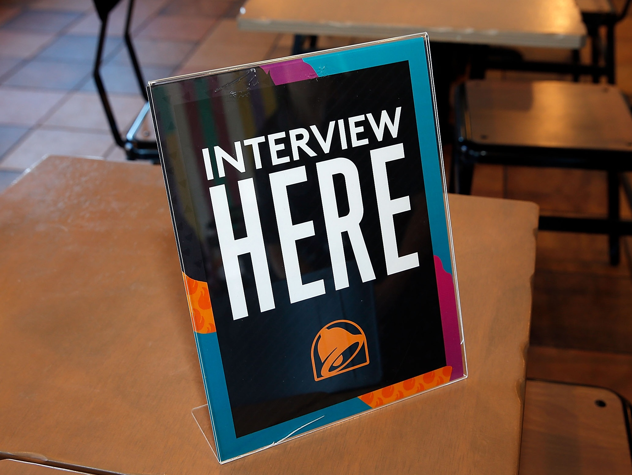 Small Business Banking >> Taco Bell invites potential employees to party | SmartBrief