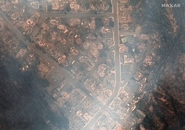 Satellite photos show Dixie Fire's devastation to California town in before-and-after views