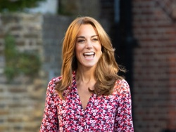 Fall highlights warm Kate Middleton's look