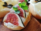 Figs bring sweetness to salad, pizza and baked goods
