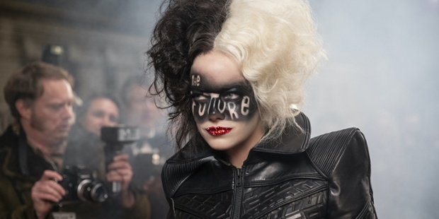 Cruella: What Fans Are Saying About Disney's Live-Action Villain Origin Story