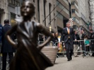 """McCann's """"Fearless Girl"""" to remain in NYC until Feb 2018"""