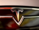 Sources: Tesla in talks to create in-car streaming service